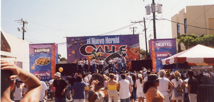 Calle Ocho: El festival latino más grande de los Estados Unidos